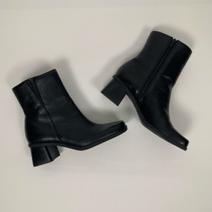 Naturalizer Black Leather Ankle High Boots SZ 6.5